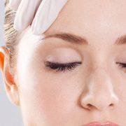 שיטות טיפול שונות להחלקה ומיצוק עור הפנים והצוואר